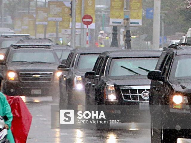 [NÓNG] Dàn xe của tổng thống Trump hộ tống siêu xe Cadillac One The Beast xuất hiện trên phố Đà Nẵng - Ảnh 2.
