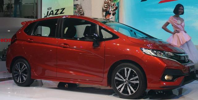 Ô tô nhỏ 400 triệu vào Việt Nam: Dành tiền 2018 mua xe - Ảnh 2.