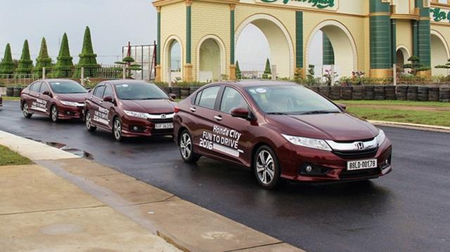 5 xe hạng B hút khách nhất Việt Nam tháng 1/2017