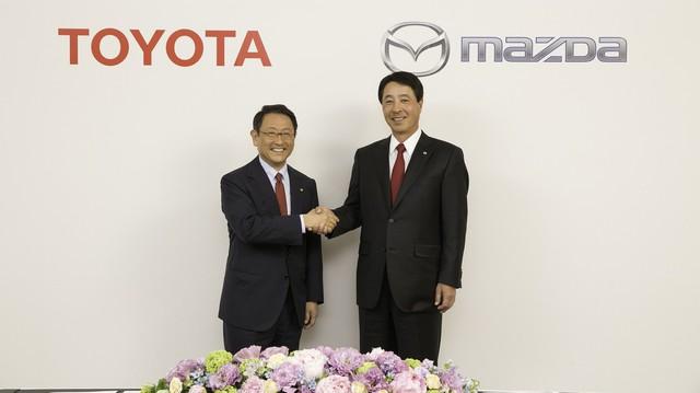 Toyota bắt tay Mazda, lập liên minh sản xuất xe tại Mỹ