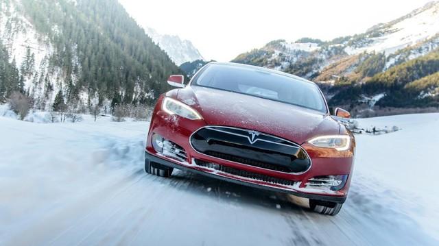 Tesla áp dụng công nghệ sưởi xe ngày lạnh giá