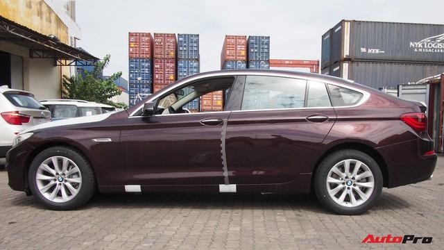 Nóng: Cận cảnh lô xe BMW và MINI đầu tiên của Trường Hải cập cảng tại TP. HCM