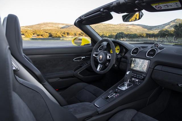 Bộ đôi Porsche 718 Cayman và 718 Boxster thêm bản GTS hớp hồn dân mê tốc độ - Ảnh 4.