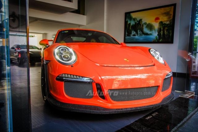 Cận cảnh siêu xe Porsche 911 GT3 RS mà Cường Đô-la mới tậu - Ảnh 1.