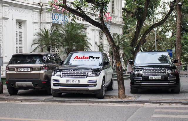 9 xe sang Range Rover tập kết ở Hà Nội - Ảnh 1.
