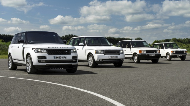 """Video """"gói gọn"""" quá trình tiến hóa trong 48 năm của SUV hạng sang Range Rover"""