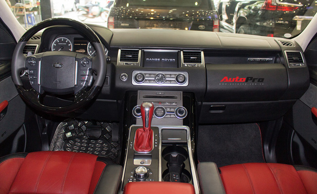 Range Rover Sport Autobiography cũ rao bán giá gần 2 tỷ đồng - Ảnh 6.