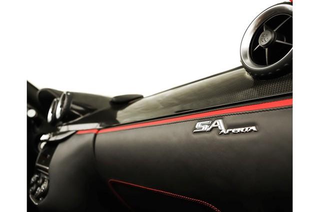 31,76 tỷ Đồng là giá bán cho 1 chiếc Ferrari 599 SA Aperta đã chạy gần 24.000 km - Ảnh 13.