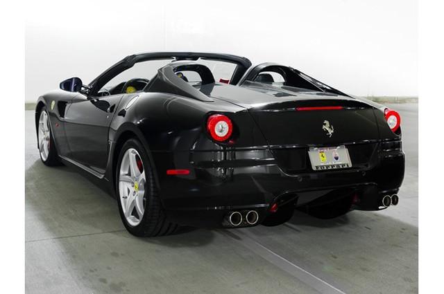31,76 tỷ Đồng là giá bán cho 1 chiếc Ferrari 599 SA Aperta đã chạy gần 24.000 km - Ảnh 7.