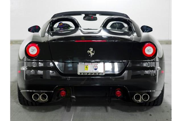31,76 tỷ Đồng là giá bán cho 1 chiếc Ferrari 599 SA Aperta đã chạy gần 24.000 km - Ảnh 6.