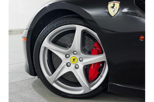 31,76 tỷ Đồng là giá bán cho 1 chiếc Ferrari 599 SA Aperta đã chạy gần 24.000 km - Ảnh 8.