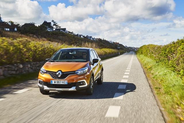 Crossover nhỏ mà có võ Renault Captur được nâng cấp nhẹ nhàng - Ảnh 1.