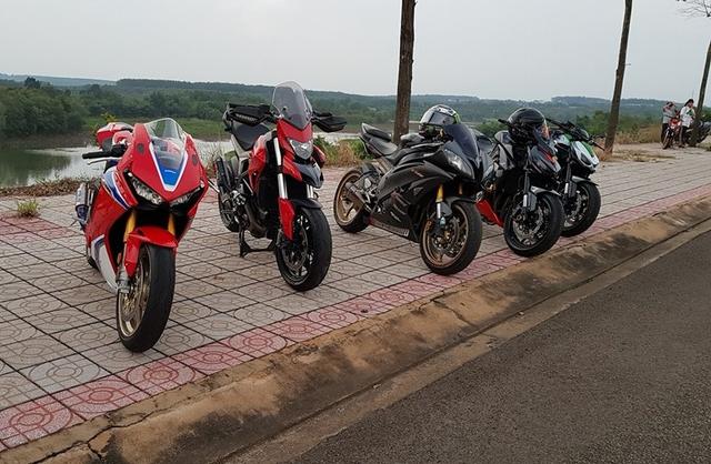 Biker Bình Phước tậu siêu mô tô hàng hiếm Honda CBR1000RR SP2 2017 đầu tiên Việt Nam - Ảnh 5.