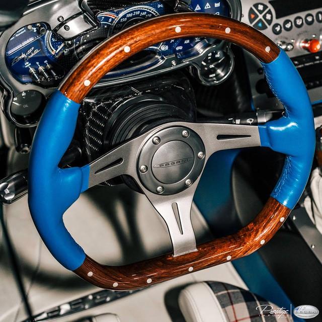 Cận cảnh 1 trong 3 chiếc Pagani Zonda HP Barchetta được sản xuất trên toàn thế giới - Ảnh 5.