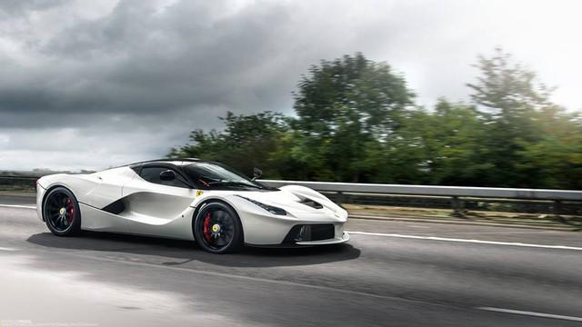 Đã mắt với dàn siêu xe khủng của Need For Speed phiên bản ngoài đời thực - Ảnh 4.