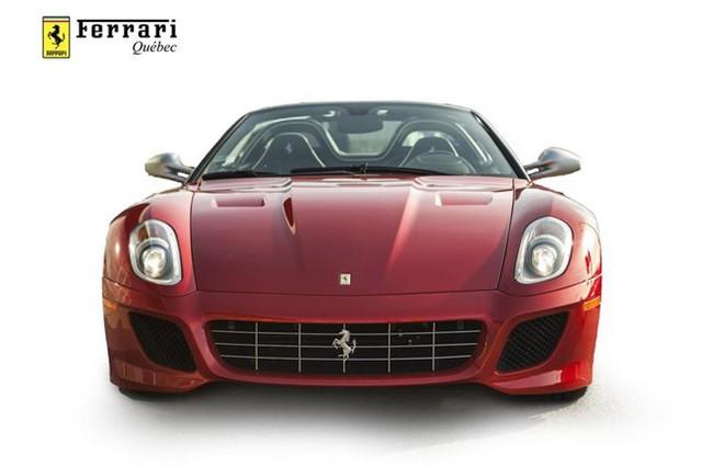 Đây là 1 trong 80 chiếc Ferrari 599 SA Aperta có giá bán gần chạm ngưỡng mức 2 triệu đô - Ảnh 1.
