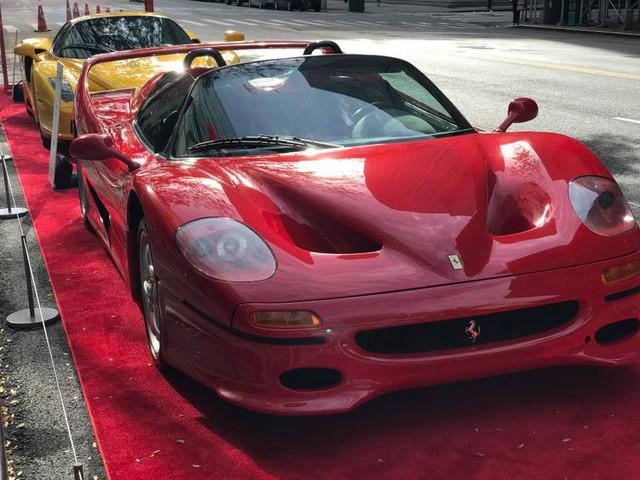Nhân sự kiện 70 năm thành lập hãng Ferrari, hàng loạt siêu ngựa đã hội tụ tại kinh đô thời trang thế giới - Ảnh 9.