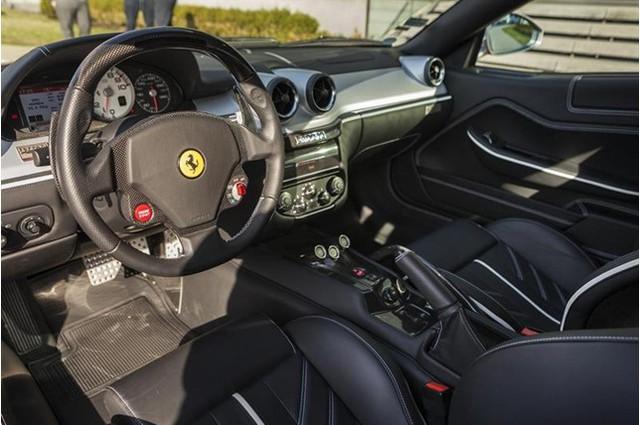 Đây là 1 trong 80 chiếc Ferrari 599 SA Aperta có giá bán gần chạm ngưỡng mức 2 triệu đô - Ảnh 8.