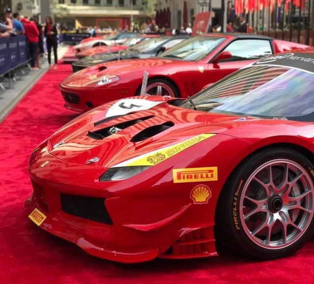 Nhân sự kiện 70 năm thành lập hãng Ferrari, hàng loạt siêu ngựa đã hội tụ tại kinh đô thời trang thế giới - Ảnh 11.
