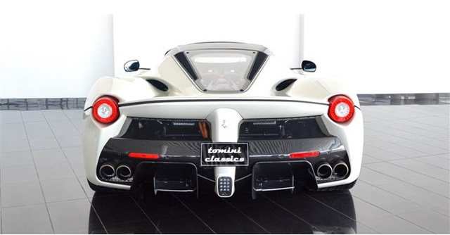 Dù đã cháy hàng nhưng Ferrari LaFerrari mui trần vẫn được các đại lý chào bán - Ảnh 12.