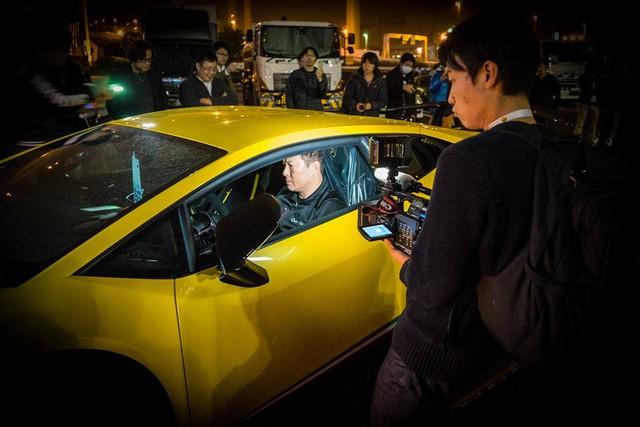 Lamborghini Huracan Performante cập bến đất nước hoa anh đào - Ảnh 9.