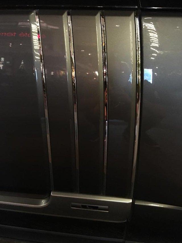 Siêu xe Ferrari 488 mui trần thả dáng cùng Range Rover SVAutobiography 12 tỷ Đồng tại Nha Trang - Ảnh 14.