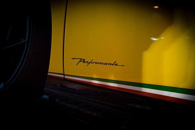 Lamborghini Huracan Performante cập bến đất nước hoa anh đào - Ảnh 7.