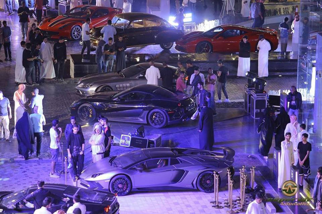 Chuỗi sự kiện Cars and Coffee lần thứ 10 diễn ra tại Ả-rập Xê-út - Ảnh 3.