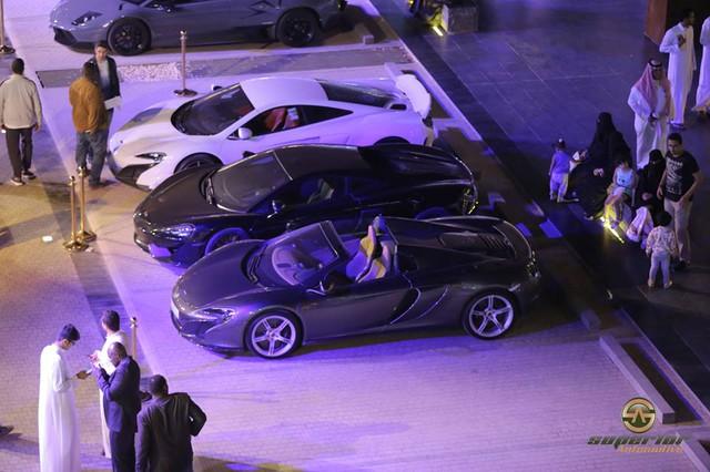 Chuỗi sự kiện Cars and Coffee lần thứ 10 diễn ra tại Ả-rập Xê-út - Ảnh 8.