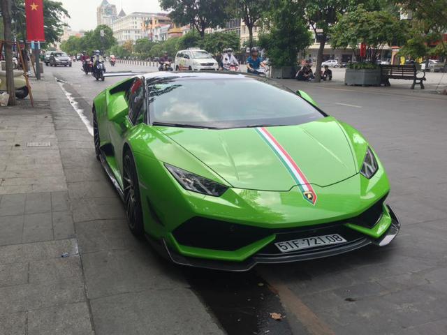 Lamborghini Huracan xanh cốm của đại gia kín tiếng quận 2 tiếp tục được độ khủng - Ảnh 4.