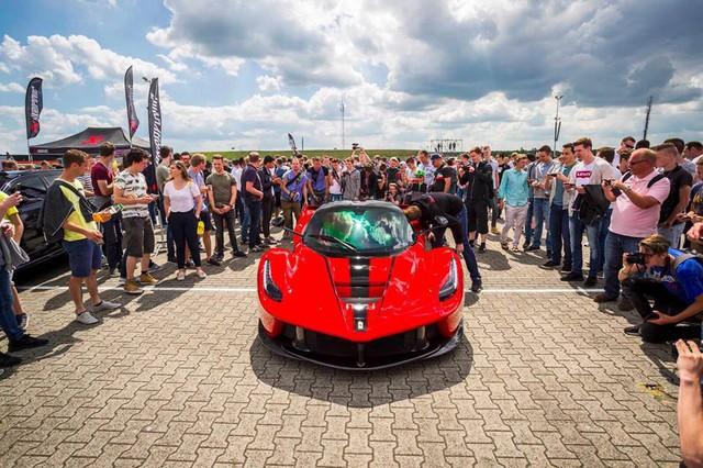 Đại tiệc siêu xe ở trường đua TT-Circuit Assen Hà Lan - Ảnh 6.