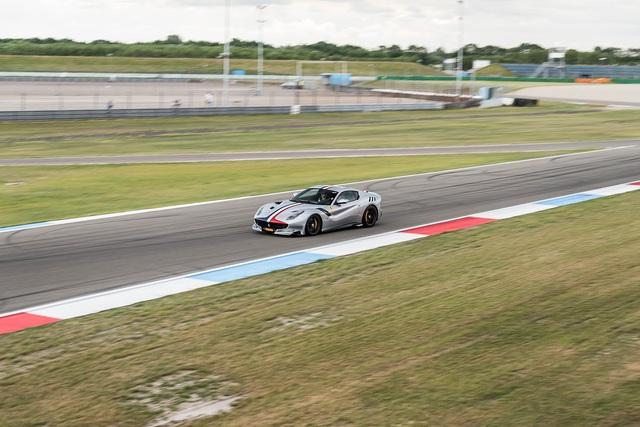 Đại tiệc siêu xe ở trường đua TT-Circuit Assen Hà Lan - Ảnh 18.