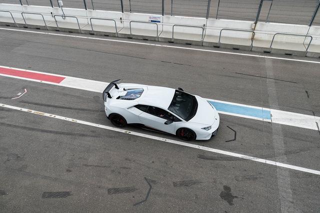 Đại tiệc siêu xe ở trường đua TT-Circuit Assen Hà Lan - Ảnh 20.