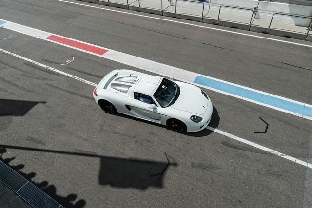 Đại tiệc siêu xe ở trường đua TT-Circuit Assen Hà Lan - Ảnh 13.