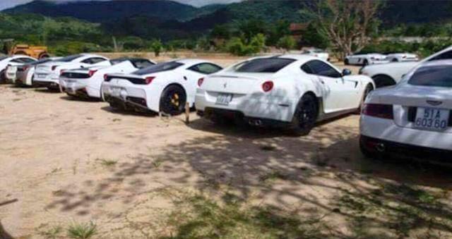 Lộ diện bộ sưu tập siêu xe Ferrari cực khủng của đại gia Trung Nguyên - Ảnh 2.
