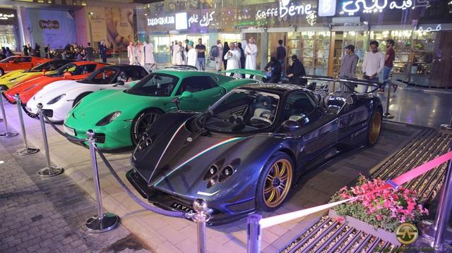 Chuỗi sự kiện Cars and Coffee lần thứ 10 diễn ra tại Ả-rập Xê-út