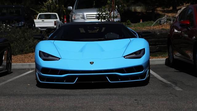 Những hình ảnh đẹp về dàn siêu xe triệu USD tại tuần lễ xe Monterey 2017