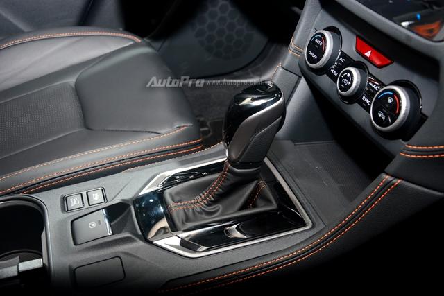Cận cảnh Subaru XV 2018 có giá bán 1,55 tỷ Đồng tại Việt Nam - Ảnh 19.