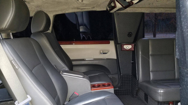 """SUV limousine của Subaru được bán lại với giá tương đương Mercedes-Benz GLC """"đập thùng"""" - Ảnh 8."""