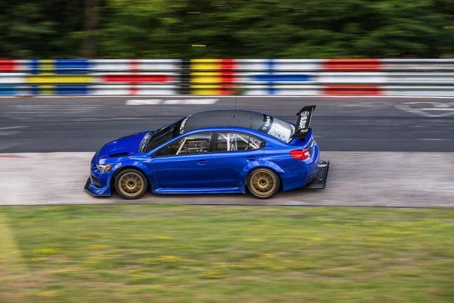 Subaru WRX STI phá kỷ lục tại trường đua danh tiếng Nurburgring  - Ảnh 1.
