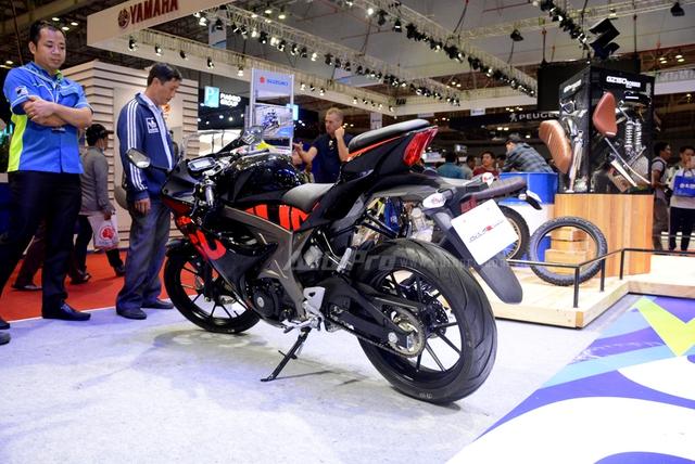 Cận cảnh Suzuki GSX-R150, đối thủ chính của Yamaha R15 và Honda CBR150R - Ảnh 7.