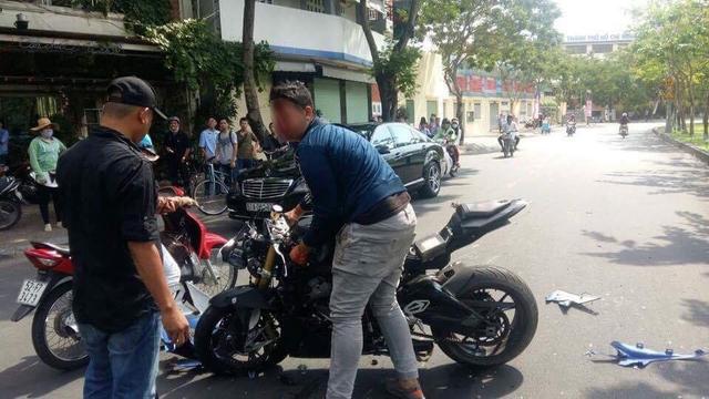 Sài Gòn: Thanh niên cầm lái BMW S1000RR đâm xe máy khiến 1 người bất tỉnh tại chỗ - Ảnh 3.
