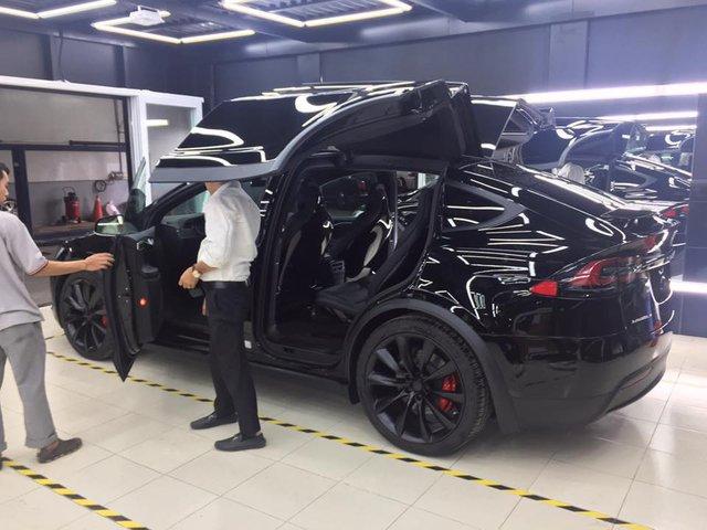 SUV điện Tesla Model X P100D đầu tiên xuất hiện tại Sài thành - Ảnh 10.