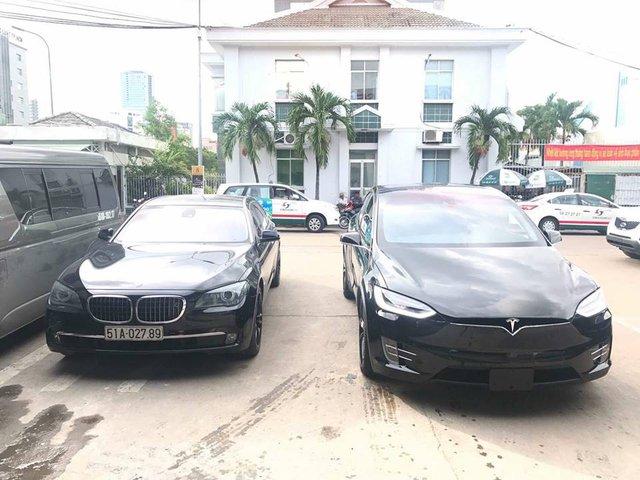 SUV điện Tesla Model X P100D đầu tiên xuất hiện tại Sài thành - Ảnh 2.