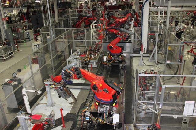 Sản xuất một mẫu xe hoàn toàn mới không hề dễ dàng – bài học của Tesla - Ảnh 3.