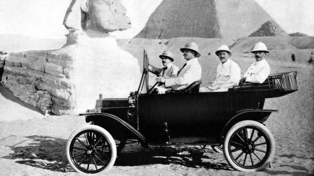 Những mẫu xe làm thay đổi lịch sử ngành công nghiệp xe hơi Mỹ - Ảnh 1.