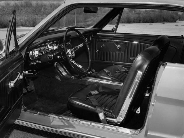 Những mẫu xe làm thay đổi lịch sử ngành công nghiệp xe hơi Mỹ - Ảnh 12.