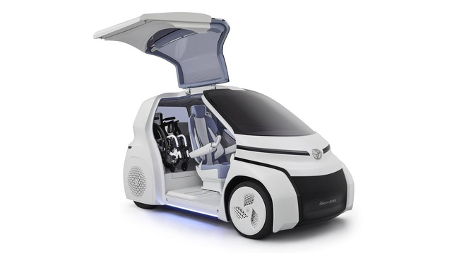 Toyota Concept-i Ride - Xe nhỏ nhất thế giới được trang bị cửa cánh chim