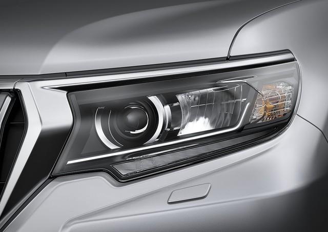 Đấu Ford Explorer, Toyota Land Cruiser Prado bản nâng cấp mới có giá hơn 2,2 tỷ đồng - Ảnh 3.