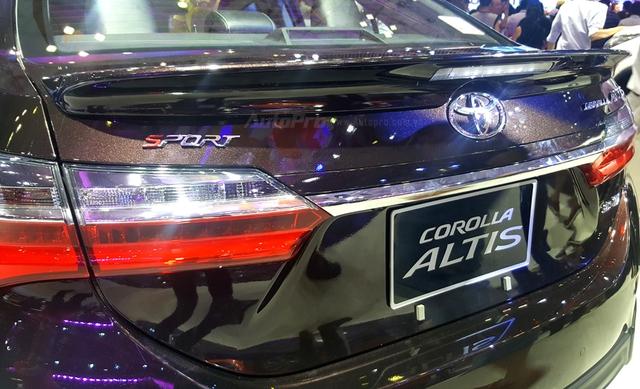 Toyota Corolla Altis ESport 2017 mới ra mắt các khách hàng Việt có gì hot? - Ảnh 7.